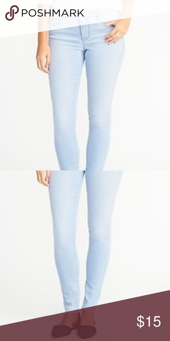 NWOT OLD NAVY ROCKSTAR MIDRISE SIZE 20 TALL Your classic jeans with a little twist pair with a sweater and boots. Or dress it up with a pretty blouse and heels. Old Navy Jeans