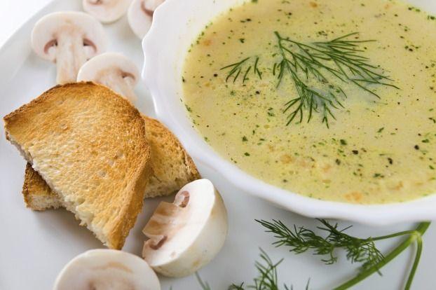 Recette - Soupe aux champignons de Paris et aneth | Notée 4.1/5
