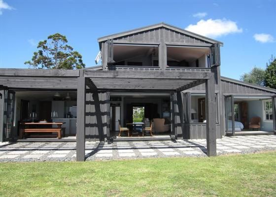Barn house nz build pinterest barn house and batten for Modern house designs nz