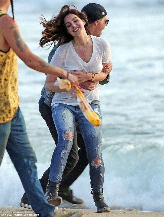 Lana Del Rey Gets Wet And Wild  Lana Del, Music Videos -4802