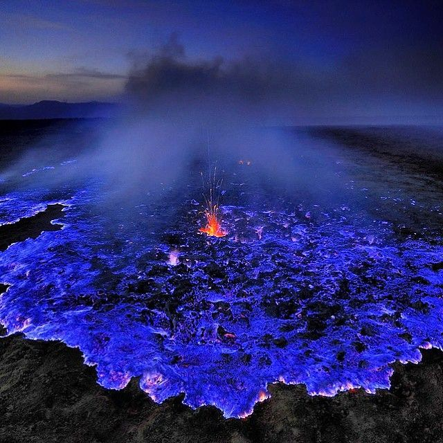 Best Ijen Crater Images On Pinterest Beautiful Places To - Incredible neon blue lava flames erupt volcano