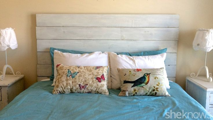 Make your own rustic wooden headboard with this simple tutorial
