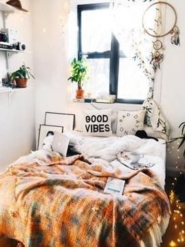 557 best small spaces images on pinterest for Bedroom design apartment therapy