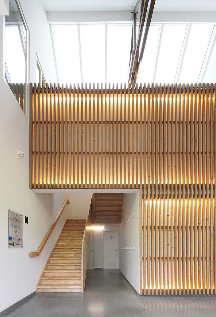 Cette maison situé en Belgique à Woesten a été réalisée par le cabinet d'architecture bruxellois Atelier Tom Vanhee.