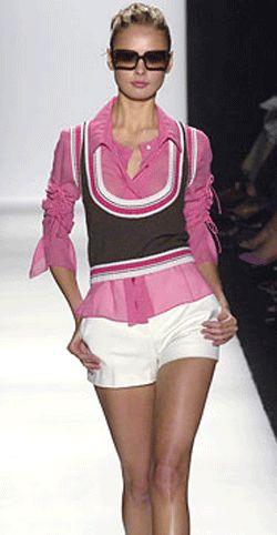 Классические женские брюки должны быть в гардеробе каждой девушки! Такая модель вне времени, всегда актуальна. Выкройка классических женских брюк бесплатно.