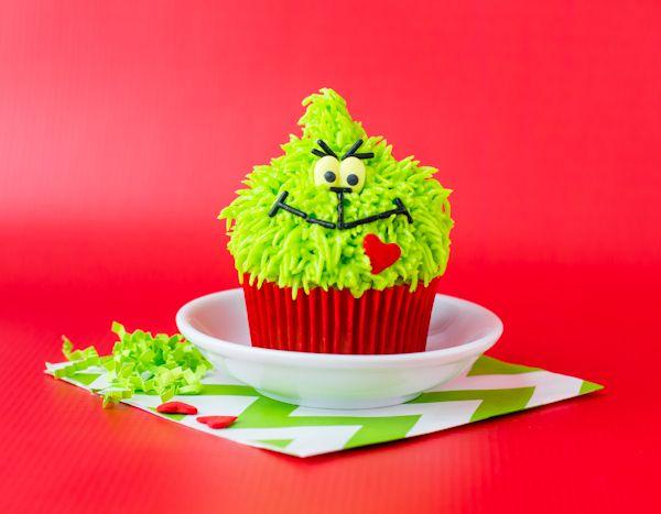 Grinch Cupcake Tutuorial - Make Bake Celebrate