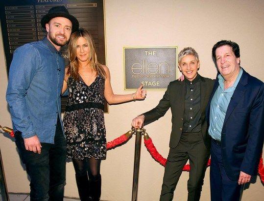 Jennifer Aniston And Justin Timberlake Surprises Ellen Degeneres on show's 2000th Episode - http://www.movienewsguide.com/jennifer-aniston-justin-timberlake-surprises-ellen-degeneres-shows-2000th-episode/118870