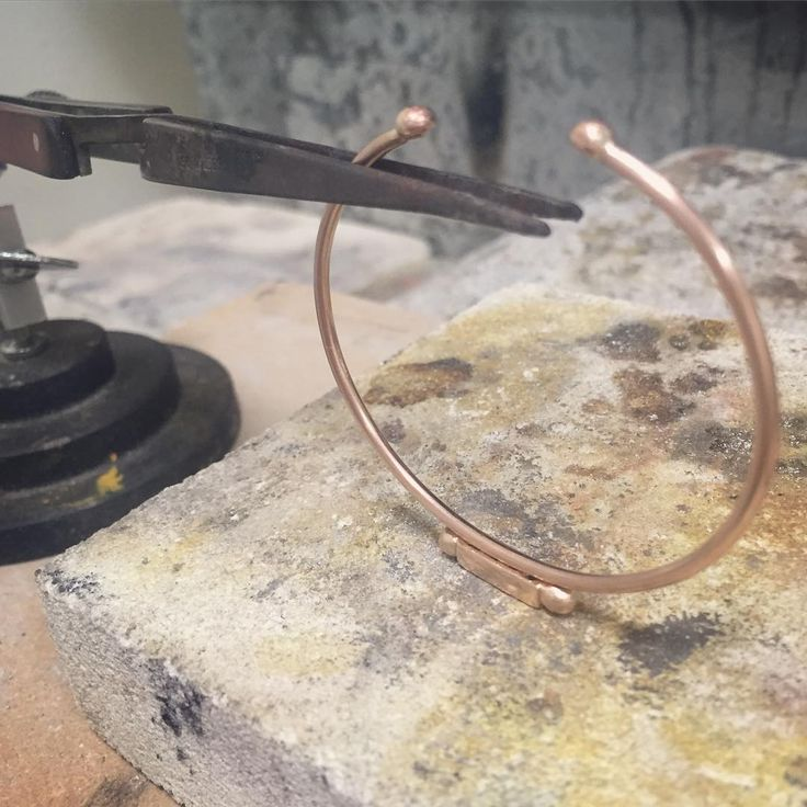 On the soldering bench this afternoon... #studio #jeweller #process #soldering #handmade #finejewelry #jewellery #rosegold #cuff #lovegoldlive #madeinaustralia #unique #special #miachicco