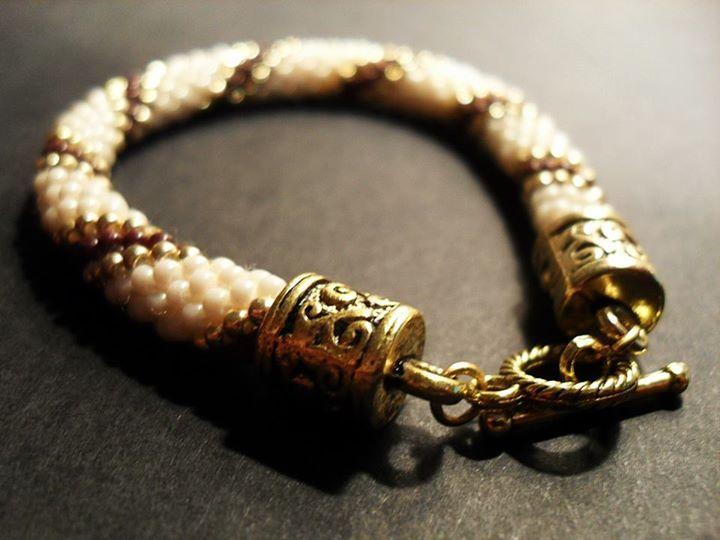 #06 #toho #beads #gold