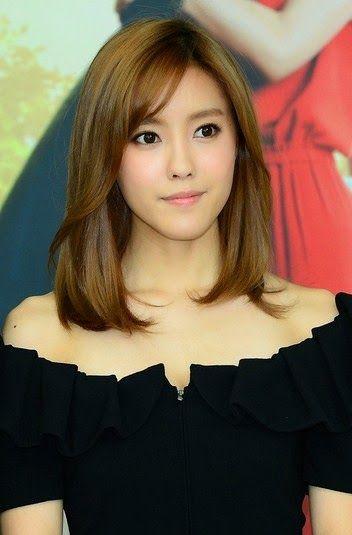 Model Rambut Korea Wanita Terbaru Pendek
