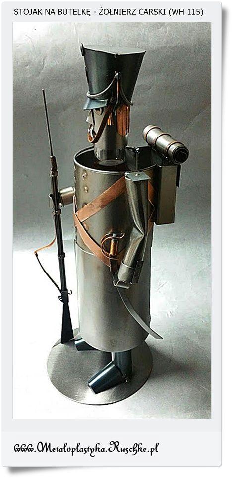 Metalowy stojak podstawką pod butelkę żołnierz rosyjski - Carski metaloplastyka rękodzieło