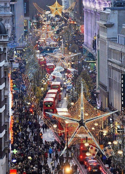 Christmas in Oxford street, London - why would this scene make me cringe in the US, but only makes me think WANT TO BE THERE in the UK?