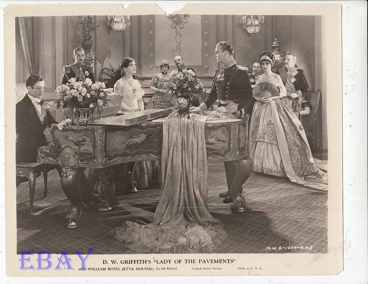 William Boyd, Lupe Velez, Jetta Goudal in D.W. Griffith's LADY OF THE PAVEMENTS #silent #1929 #movie