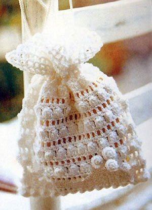 Several pretty crochet sachet bags pattern. Chart only.