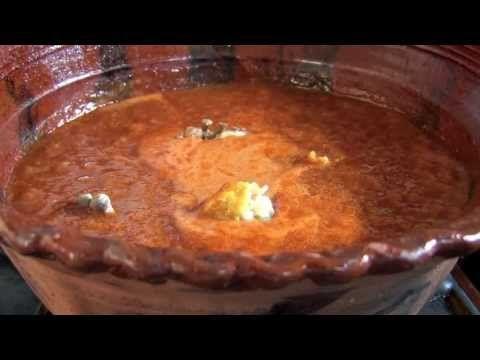 ▶ Recetas Mexicanas: Mole de Rancho (Yuri de Gortari) - YouTube
