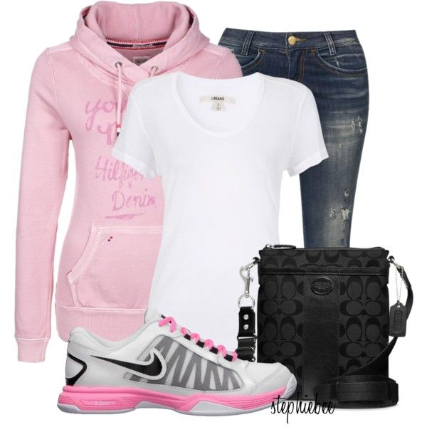 Love this comfy look.