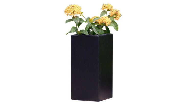 Der Blumentopf Kunststoff Watford ist aus Fiberglas mit Kunstharz ...