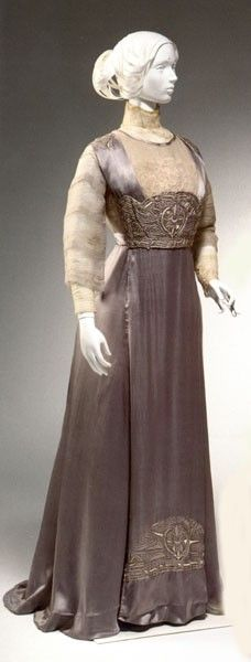 lamodeillustree: Dated Images from 1910 Tea gown, 1910-1912