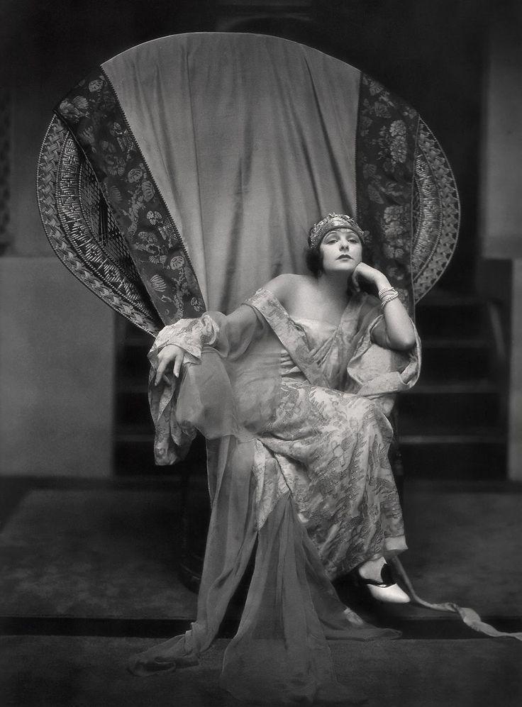 actress Norma Talmadge circa 1922