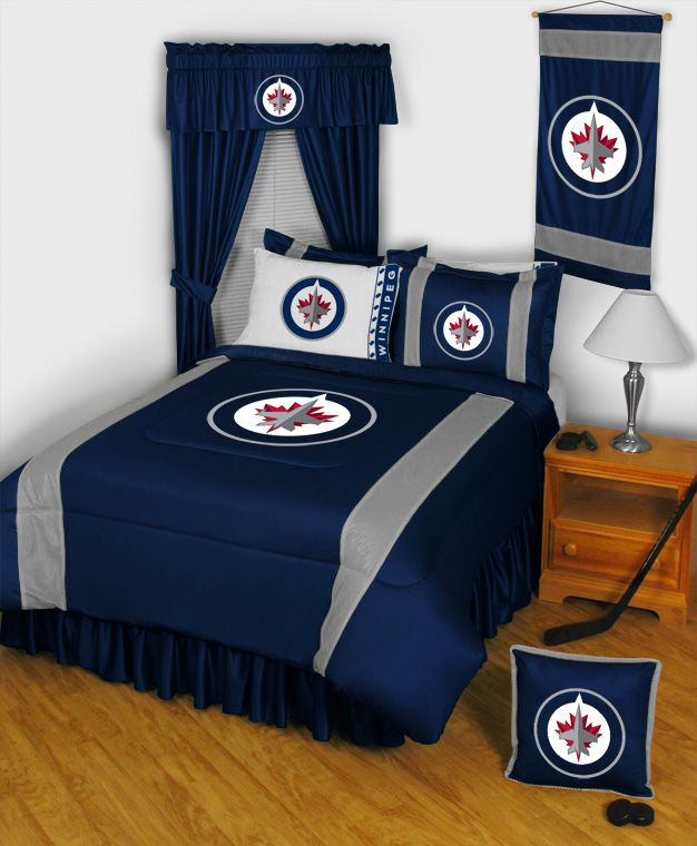 Want this. Right now.   NHL Winnipeg Jets Comforter - Sidelines Series