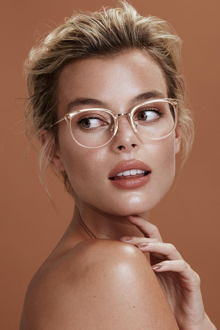 Heiße Blonde Streberin Mit Brille Hat Arschsex