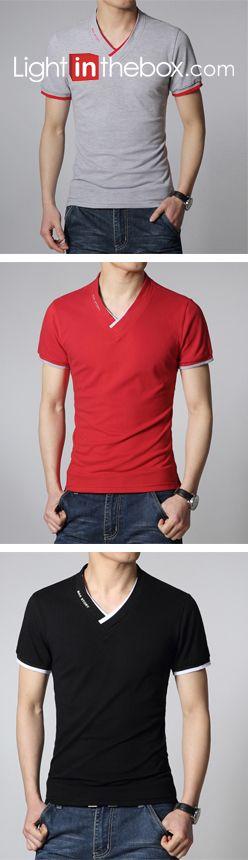 Camisas casuales de manga corta con cuello V  para hombre. No deben de faltar en tu armario! Encuéntralos en nuestro sitio.