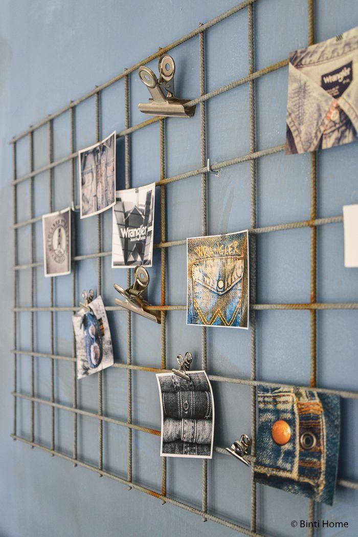 Een stoere industriële werkplek met denim blauw en een kelim | Binti Home Blog