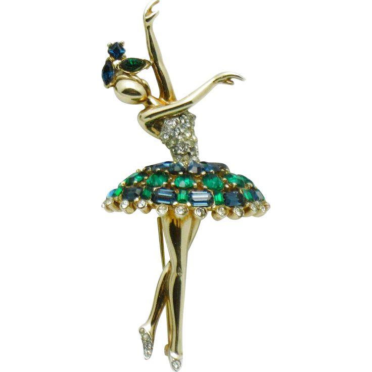 Rare CROWN TRIFARI Vintage 1950 Jeweled Symphony Ballerina Figural Brooch Pin