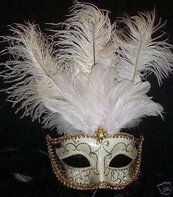 WHITE GOLD VENETIAN MASK FEATHER MASQUERADE DANCE