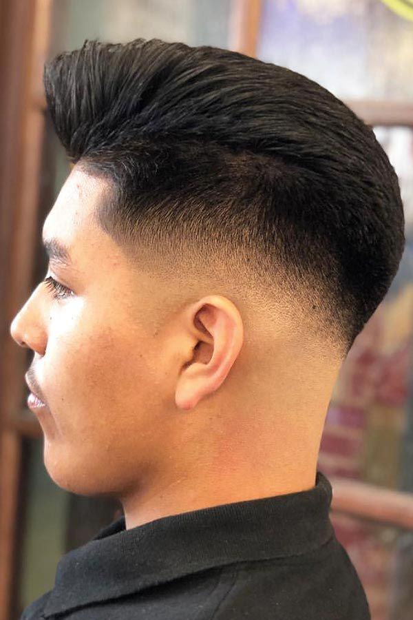 Taper Fade Taperfade Fade Fadehaircut Midfade When Complemented With A Mid Fade Mens Hairstyles Gain Neatness And Mid Fade Haircut Fade Haircut Bald Fade
