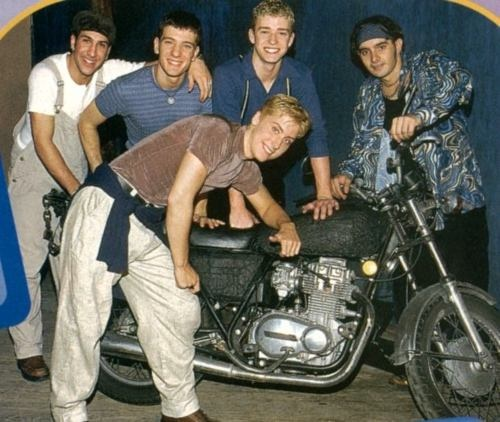 *NSYNC lol that can't be a comfortable pose for lance bass