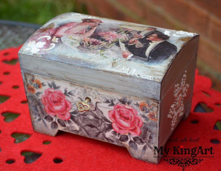 Lockable, Chest/Trinket Box 15cm X 11cm X 11,3cm