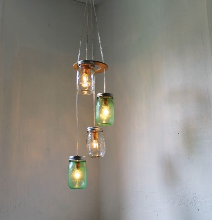 SPRING GREEN Mason Jar Chandelier - Upcycled Hanging Lighting Fixture Featuring 4 Spiraling Jars - BootsNGus Modern Country Lamp Design door BootsNGus op Etsy https://www.etsy.com/nl/listing/175681299/spring-green-mason-jar-chandelier