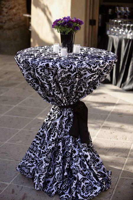 Best Cocktail Table Decor Black And White Linens For 400 x 300