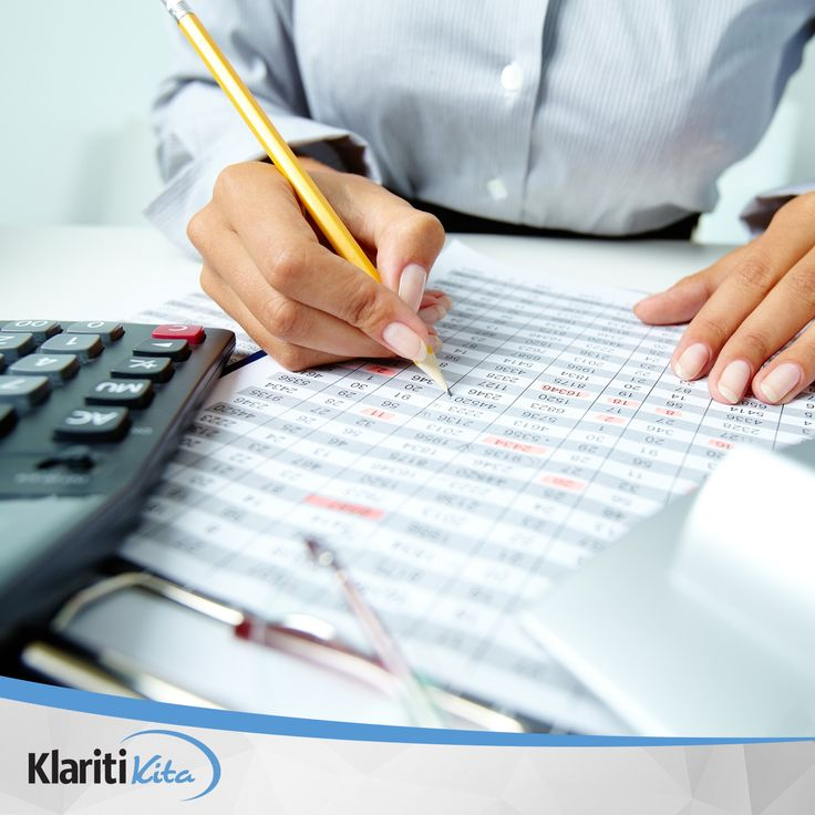Rutinlah mengevaluasi rencana keuangan Anda dalam beberapa periode, misalnya setiap enam bulan sekali atau setiap setahun sekali, untuk menyesuaikan dengan kondisi keuangan Anda. #TipsKlaritikita