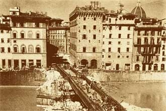 1942-1944: ponte Santa Trinita approximately restored by americans during Second War Warld