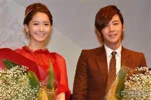 yoona and jang keunsuk  in love rain at a press conference in japan