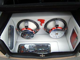 Soundbusters: Hi-fi car, Oscuramento vetri, Antifurto Satellitari