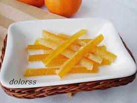 Cuando consumimos naranjas , esa piel que desechamos es ideal para confitar, con ella se pueden elaborar ricos bocados dulces y/o emplearlo...