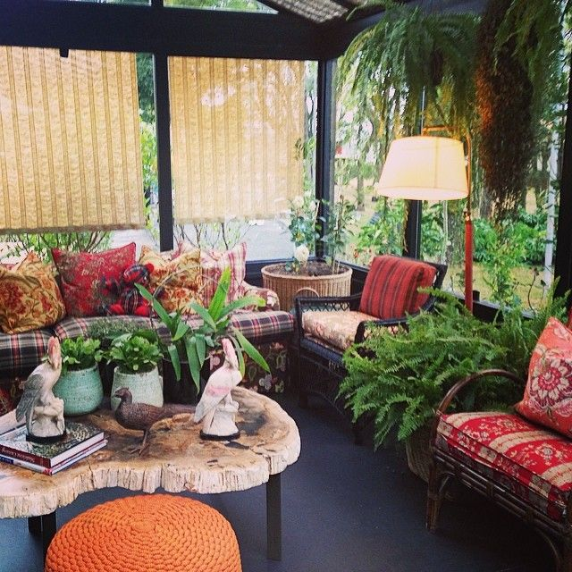 table, shades, ferns - vanessamaia_arq's photo on Instagram