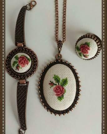 cross stitch necklace ile ilgili görsel sonucu
