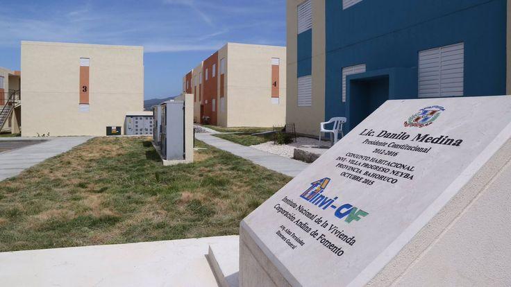Danilo Medina entregó 480 viviendas, distribuidas en 7 proyectos levantados en 4 provincias de esta región.
