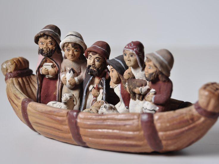 """Exposición en un """"El món en un betlem"""" Nacimiento en una barca"""