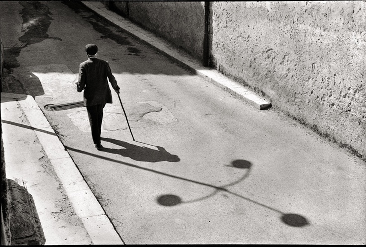 photo by Leonard Freed