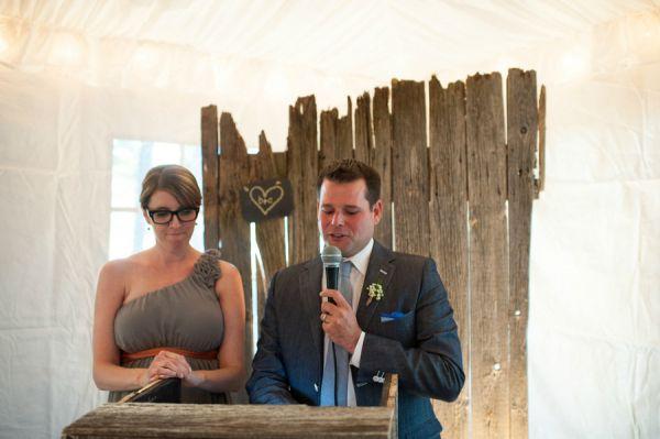 Inspiração para um casamento no outono. #casamento #inspiração #outono #decoração #madeira #discurso