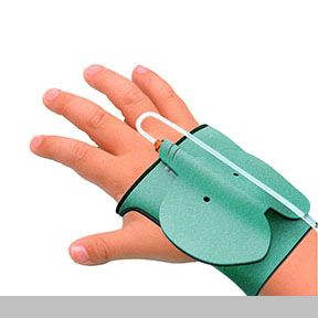 Safety Animal Band | The Safety animal band is a medical needle designed to make the experience of injections less traumatic for children. | Designed by  Kim Mi Hyun, Jung Ju Yeon, Park In Hye and Park Chan Ju of Sungshin Women's University | IDEA 2014 Silver