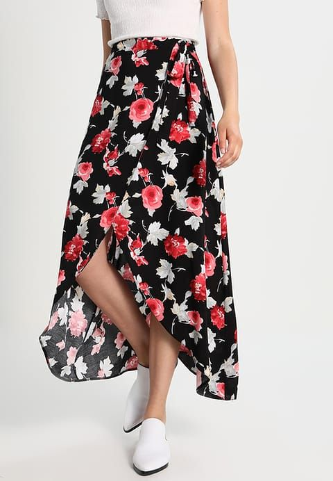 12 Midnight Wrap skirt - black with red for £29.39 (26/11/17) with free delivery at Zalando