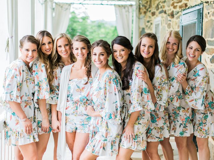 9 Dos and Don'ts for Getting Ready the Morning of Your Wedding | Photo by: Hay Alexandra Photography | TheKnot.com