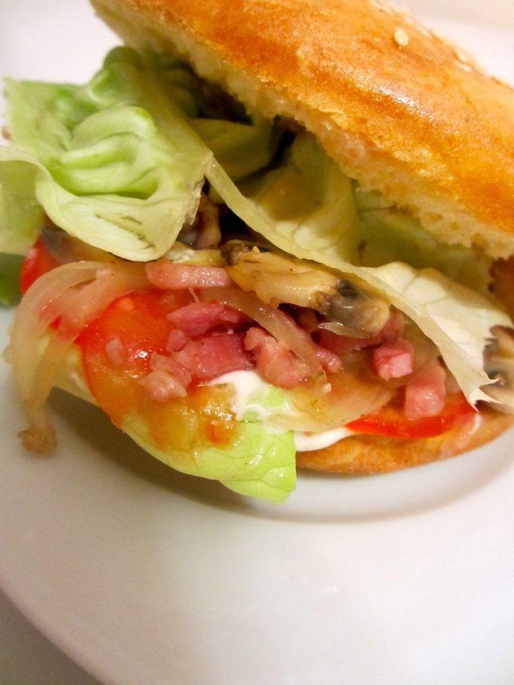 Hamburger champignons – lardons – oignons : Diet & Délices - Recettes dietétiques