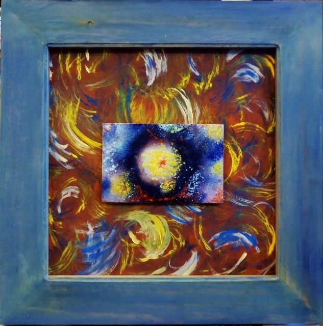 """Obra: """"Estrellas"""".  Técnica: Limoges, esmalte al fuego."""